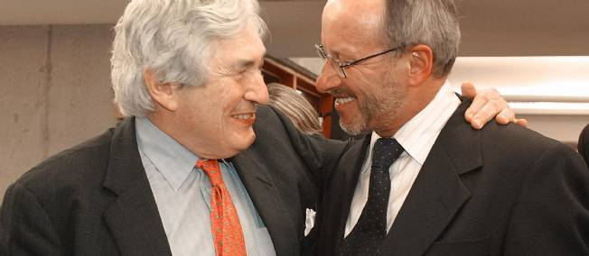 L'écologiste Stephan Schmidheiny (à droite) en compagnie de James Wolfensohn, alors président de la Banque mondiale, en 2003