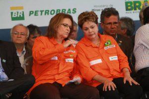 La dirigeante de Petrobras (à gauche), Maria das Graças Foster, une proche de Dilma, démissionnée en février, et Dilma Rousseff (à droite)