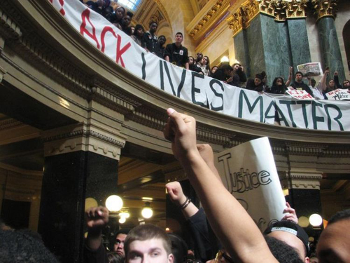 Occupation du Capitole de Madison (Wisconsin) par le mouvement Black Lives Matter