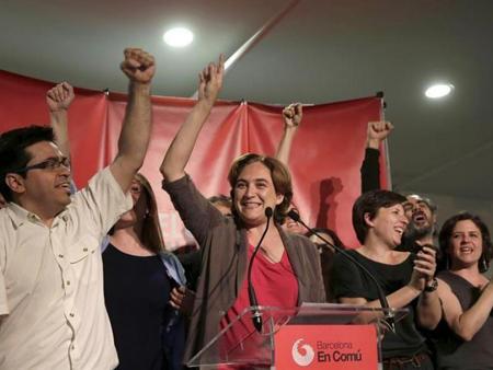 Ada Colau, tête de liste de Comú. Elle peut être la première femme maire de Barcelone.