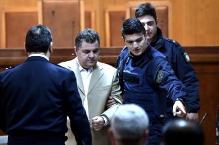Giorgios Roupakias, le 20 avril, incriminé pour l'assassinat de Pavlos Fyssas