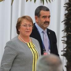 M. Bachelet et Andrónico Luksic