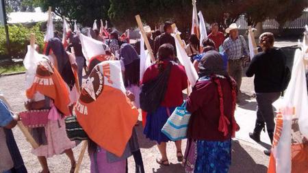 Manifestation en mai pour le boycott des élections intermédiaires