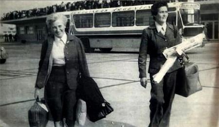 Léonie Duquet (à gauche) arrivée en Argentine en 1948, et Domon (à droite), arrivée en 1967