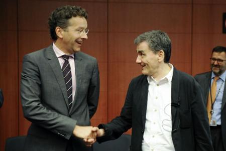 Bruxelles, 14 août, Jeroen Dijsselbloem et Enclide Tsakalotos s'ccordent