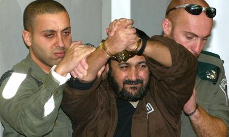 Marwan Barghouti devant un tribunal de Tel-Aviv, en 2003