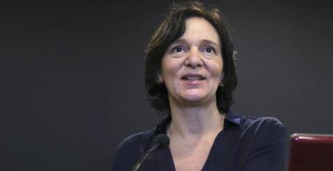 La secrétaire des «analyses politiques», Carolina Bescansa, a présenté en février 2015, à des organisations patronales, les «propositions économiques», de Podemos