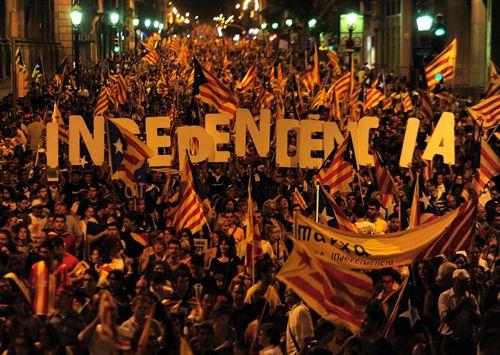 1369451898independencia-catalua-catalunya-barcelona-diada-[1]-1