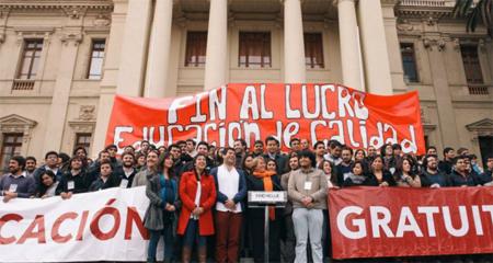 Chili: les étudiant·e·s face à Michelle Bachelet