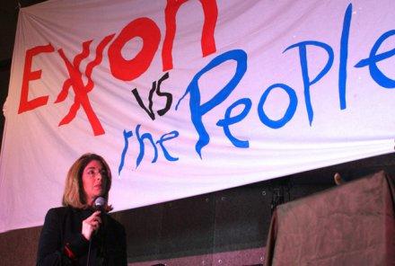 Naomi Klein lors du «procès contre ExxonMobil»