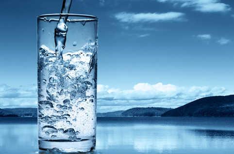 L'eau: un bien naturel qui devient un «bien commun» par décision collective, par construction sociale