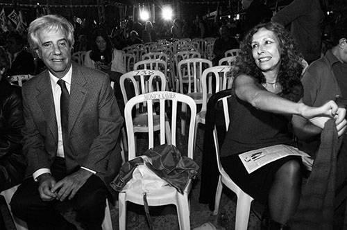 Tabaré Vazquez et Constancia Moreira, Place du 1er Mai, lors du  43e anniversaire du premier meeting public du Front ample