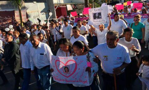 Marche en mémoire de Gisela Mota Ocampo pour demander  une enquête et que justice soit faite