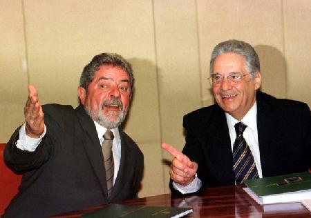 Lula et Fernando Henrique Cardoso: les «maîtres» du MLP...