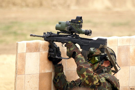 Membre d'un commando français en Libye (MEMO - Middle East Monitor, 23 février 2016)