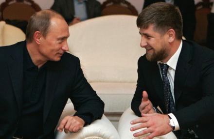 Poutine et Razman Kadyrov