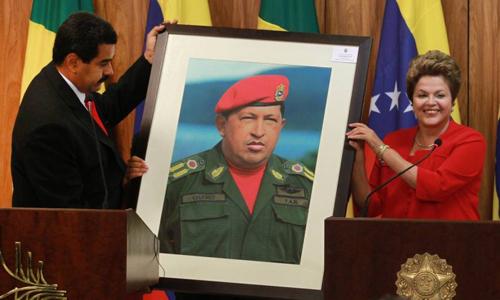 Nicolas Maduro en visite au Brésil en mai 2013 et Dilma Rousseff