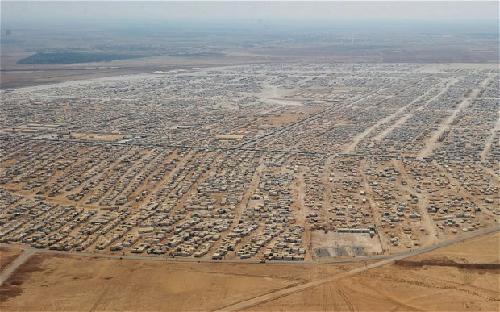 Vue aérienne du camp de Zaatari en juillet 2013, à 8 kilomètre de la frontière Syrie-Jordanie