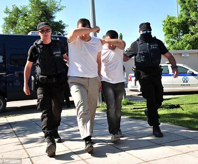 Officiers turcs arrivés en Grèce