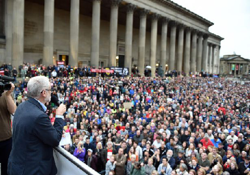 Meeting de Jeremy Corbyn à a St Georges Hall, Liverpool, le 1er août 2016