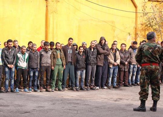 Des jeunes hommes ayant fui Alep-Est enrôlés sous la contrainte dans les «troupes de choc» du régime contre les «poches de résistance» à Alep-Est