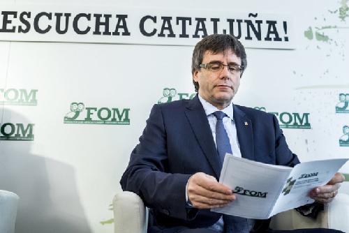 PUIGDEMONT INAUGURA CICLO «ESCOLTA ESPANYA, ESCUCHA CATALUNYA»