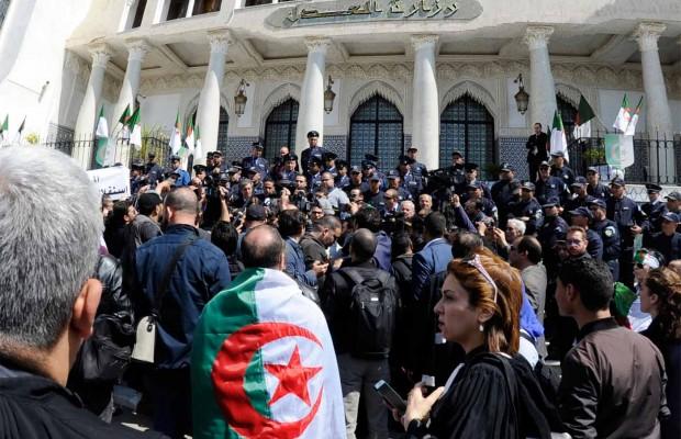 Algerie14avrilMagistrats