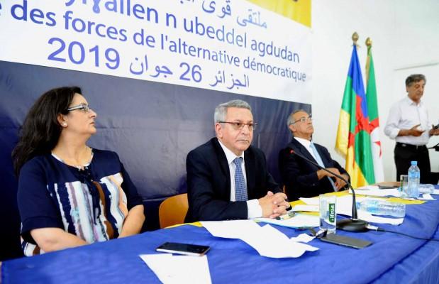d-une-convention-pour-la-transition-democratique-le-31-aout-2a0b5