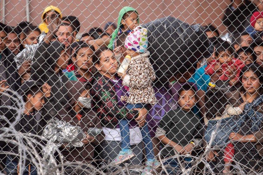 p14 detention center in El Paso 270619