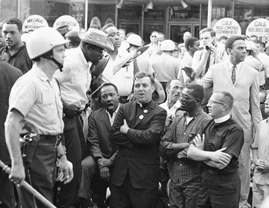 ap_martin_luther_king_chicago_nt_120112_ssh