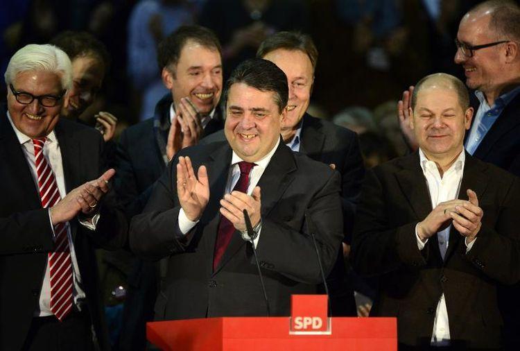 604772-le-president-du-spd-sigmar-gabriel-c-le-14-decembre-2013-a-berlin
