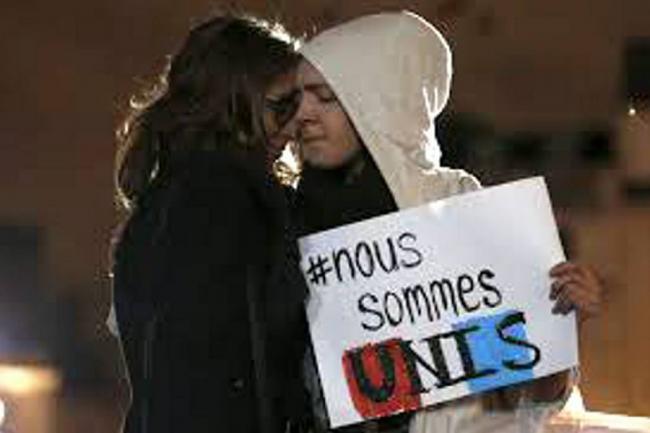 internet_muestra_su_poder_tras_los_atentados_en_paris_0