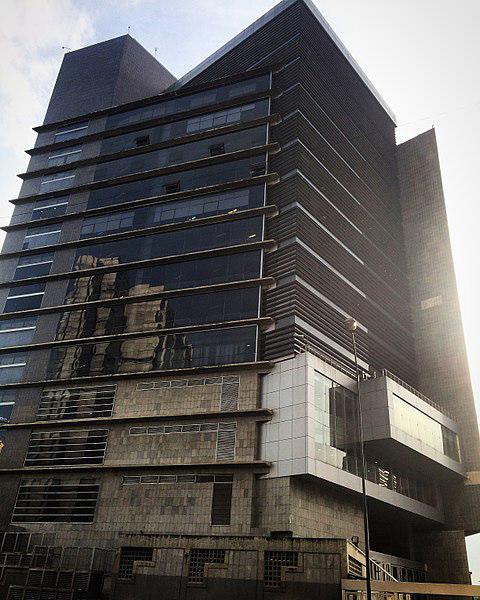 480px-Torre_SEBIN_Caracas,_antiguo_proyecto_Metro_de_Caracas_Vicente_Quintero